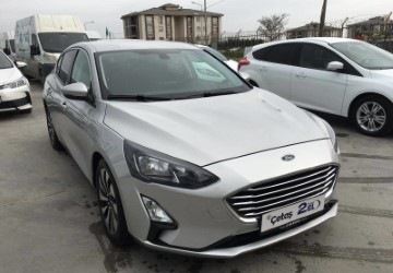 Sedan 1.5 TDCI Titanium Powershift